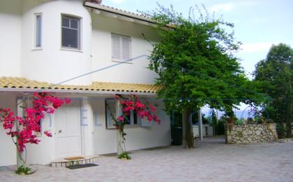 Μονοκατοικία 306τ.μ. πρoς αγορά-Λευκάδα » Απολλώνιο