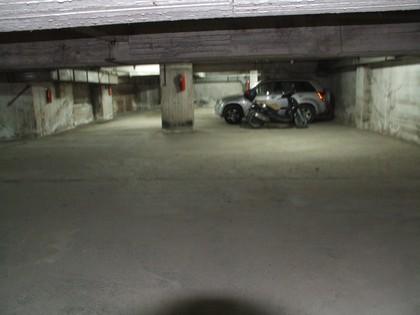 Parking 1.500τ.μ. πρoς αγορά-Φάληρο
