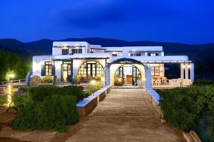 Ξενοδοχείο 900τ.μ. πρoς αγορά-Ίος » Χώρα