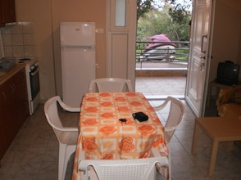 Διαμέρισμα 38τ.μ. πρoς ενοικίαση-Ανατολικος όλυμπος » Λεπτοκαρυά