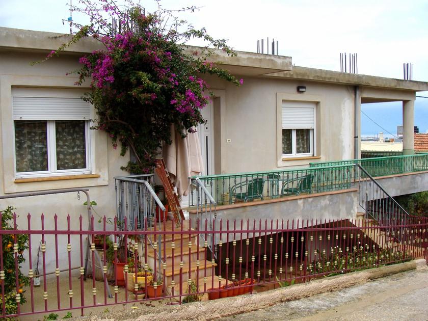 Μονοκατοικία 112τ.μ. πρoς αγορά-Χίος » Άγιος μηνάς