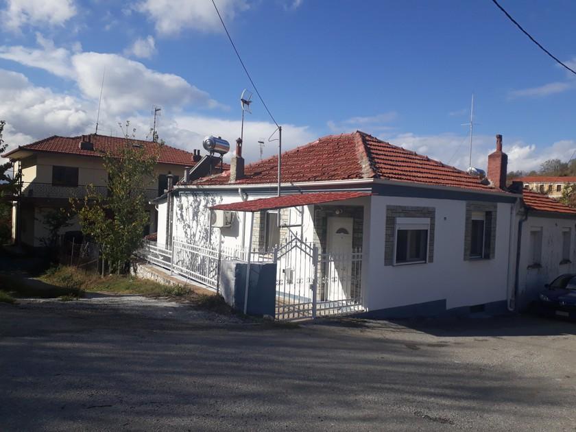Μονοκατοικία 80τ.μ. πρoς αγορά-Μελίτη » Βεύη