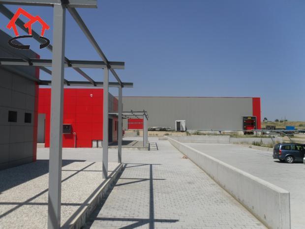 Βιοτεχνικός χώρος 16.300τ.μ. πρoς αγορά-Άγιος αθανάσιος » Κέντρο