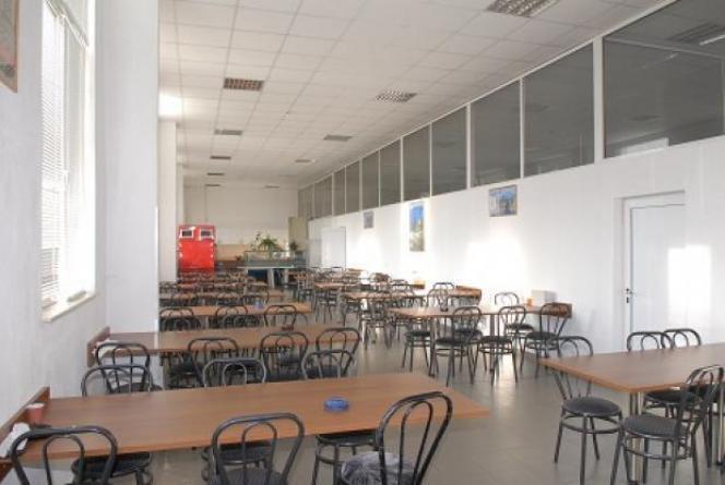Βιοτεχνικός χώρος 6.000τ.μ. πρoς αγορά-Προμαχώνας » Κέντρο