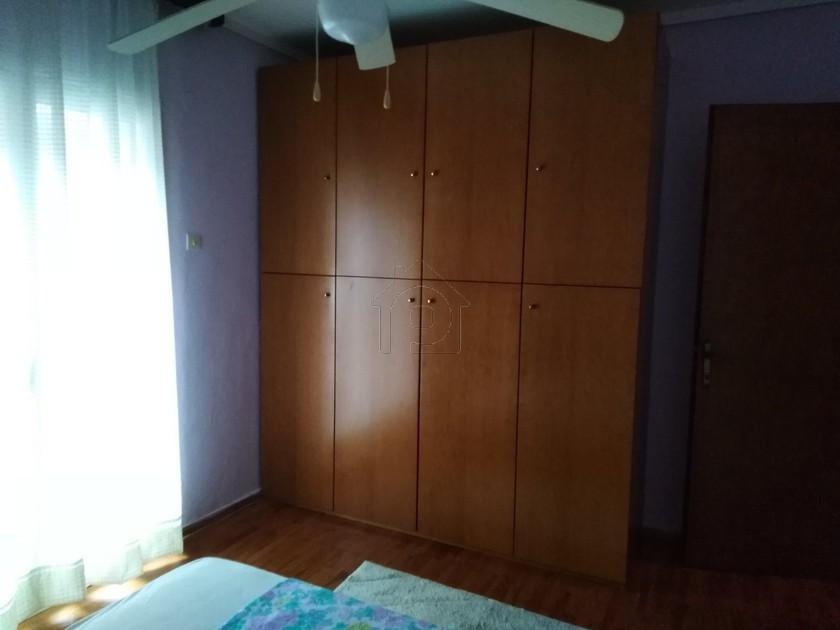 Διαμέρισμα 100τ.μ. πρoς αγορά-Χαριλάου