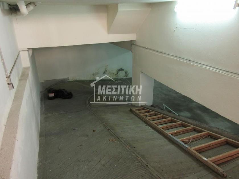 Parking 450τ.μ. πρoς αγορά-Φάληρο