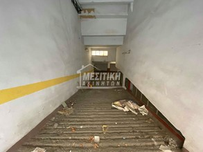 Parking 366τ.μ. πρoς αγορά-Μπότσαρη