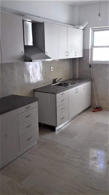 Διαμέρισμα 105τ.μ. πρoς αγορά-Χατζηκυριάκειο