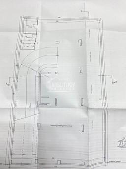 Parking 470τ.μ. πρoς αγορά-Μαρτίου
