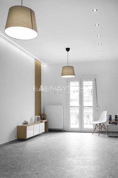 Διαμέρισμα 105τ.μ. πρoς αγορά-Βούλγαρη - άγιος ελευθέριος