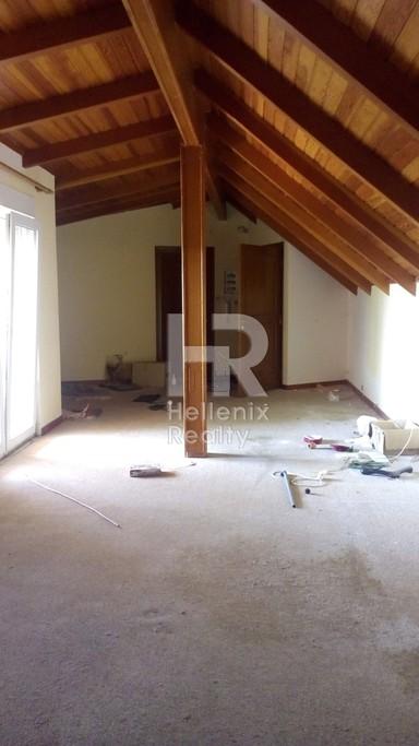 Μονοκατοικία 219τ.μ. πρoς αγορά-Άγιος στέφανος