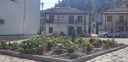 Μονοκατοικία 100τ.μ. πρoς αγορά-Πύλη » Κέντρο
