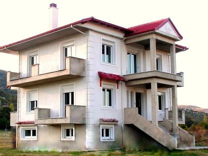 Μονοκατοικία 240τ.μ. πρoς αγορά-Κάτω κλεινές » Κλαδορράχη