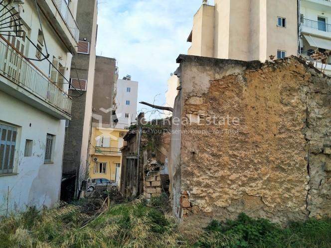 Οικόπεδο 180τ.μ. πρoς αγορά-Καστέλλα