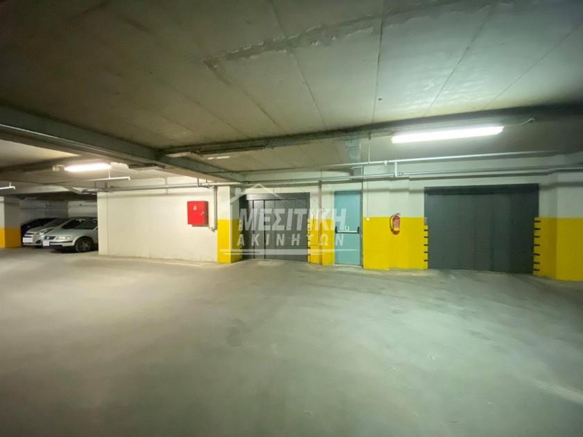 Parking 1.950τ.μ. πρoς αγορά-Ανάληψη