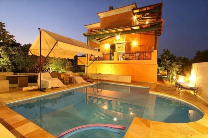 Μονοκατοικία 230τ.μ. πρoς αγορά-Χίος » Άγιος μηνάς