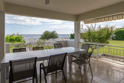 Μονοκατοικία 200τ.μ. πρoς αγορά-Μαρώνεια » Άγιος χαράλαμπος