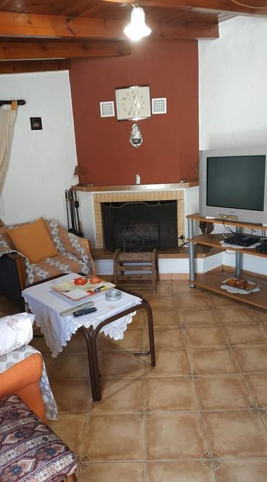 Μονοκατοικία 70τ.μ. πρoς ενοικίαση-Σάμος » Βαθύ
