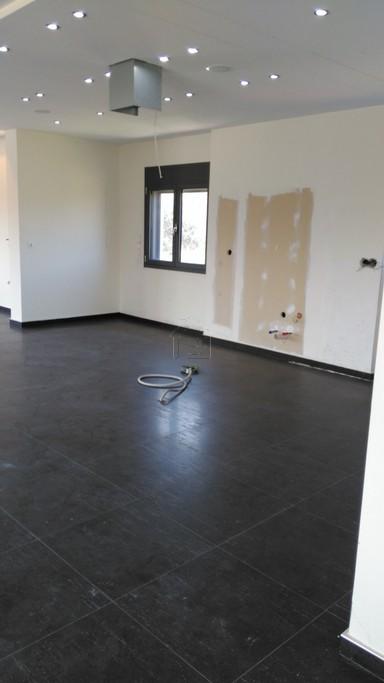 Μονοκατοικία 200τ.μ. πρoς ενοικίαση-Ληλάντιο » Φύλλα