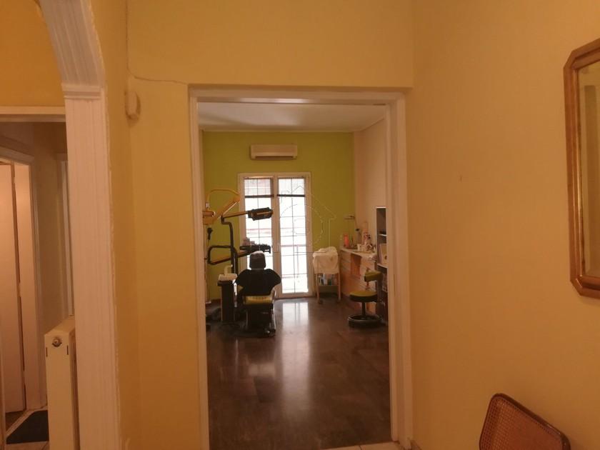 Διαμέρισμα 70τ.μ. πρoς αγορά-Πειραιάς - κέντρο