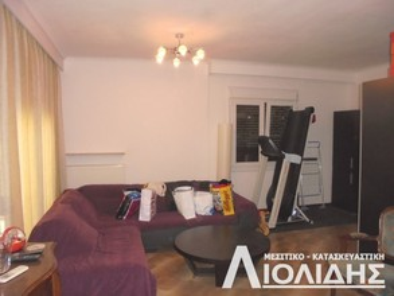Διαμέρισμα 93τ.μ. πρoς αγορά-Χαριλάου