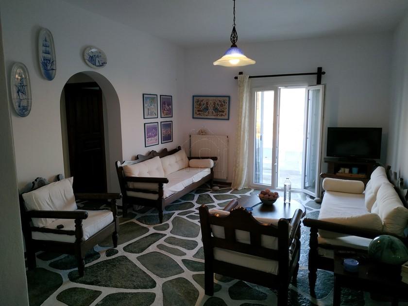 Διαμέρισμα 100τ.μ. πρoς ενοικίαση-Πάρος » Καμάρες