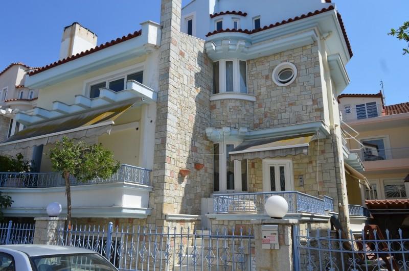 Μονοκατοικία 260τ.μ. πρoς ενοικίαση-Ναύπλιο » Κέντρο