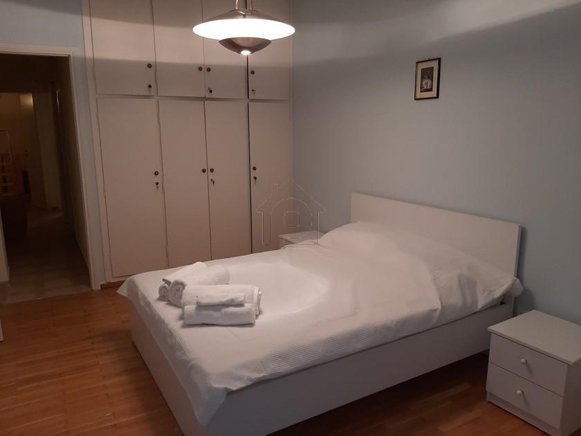 Διαμέρισμα 79τ.μ. πρoς booking-Νέος κόσμος » Κυνοσάργους