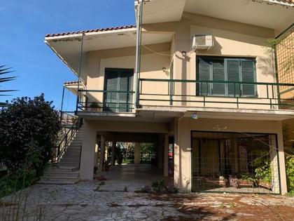 Μονοκατοικία 220τ.μ. πρoς αγορά-Μενίδι » Κέντρο