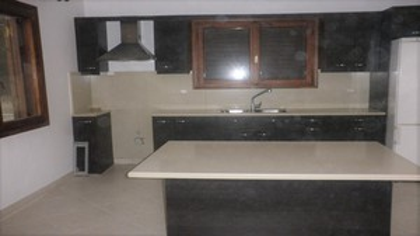 Μονοκατοικία 85τ.μ. πρoς αγορά-Γέρακας » Κέντρο