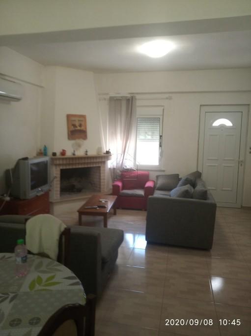 Μονοκατοικία 70τ.μ. πρoς ενοικίαση-Σχηματάρι » Πλάκα δήλεσι