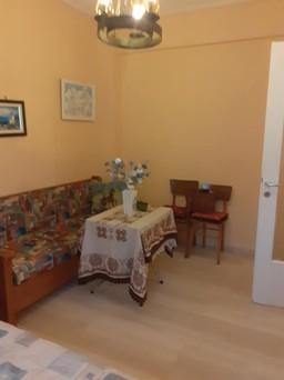 Διαμέρισμα 24τ.μ. πρoς αγορά-Αρτέμιδα (λούτσα) » Κέντρο