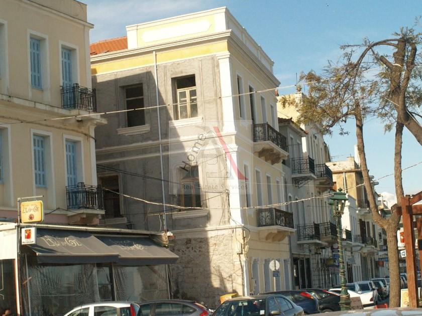 Κτίριο 480τ.μ. πρoς αγορά-Γύθειο » Άγιος κωνσταντίνος