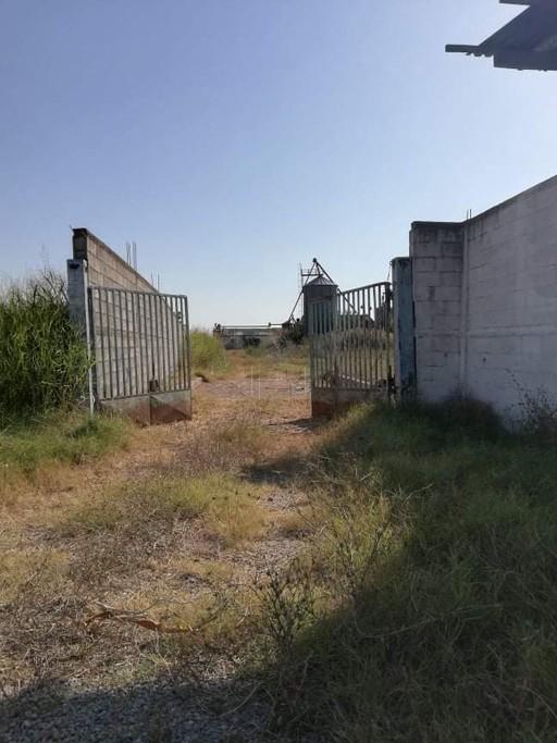 Βιομηχανικός χώρος 10.600τ.μ. πρoς αγορά-Άγιος αθανάσιος » Κέντρο
