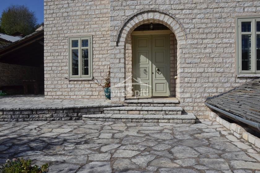 Μονοκατοικία 168τ.μ. πρoς αγορά-Κεντρικό ζαγόρι » Κέντρο