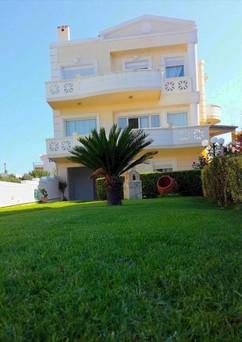 Μονοκατοικία 203τ.μ. πρoς ενοικίαση-Κολυμβάρι » Κέντρο