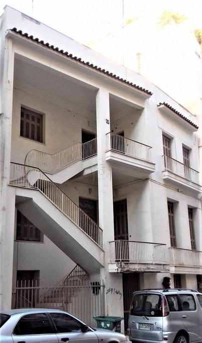 Οικόπεδο 228τ.μ. πρoς αγορά-Πειραϊκή