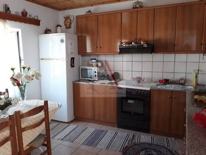 Μονοκατοικία 110τ.μ. πρoς αγορά-Λέσβος - ερεσός