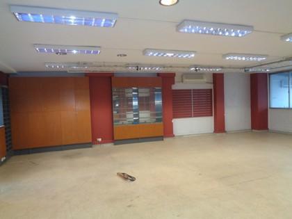 Επιχειρηματικό κτίριο 980τ.μ. πρoς αγορά-Κέντρο » Πλατεία κάνιγγος
