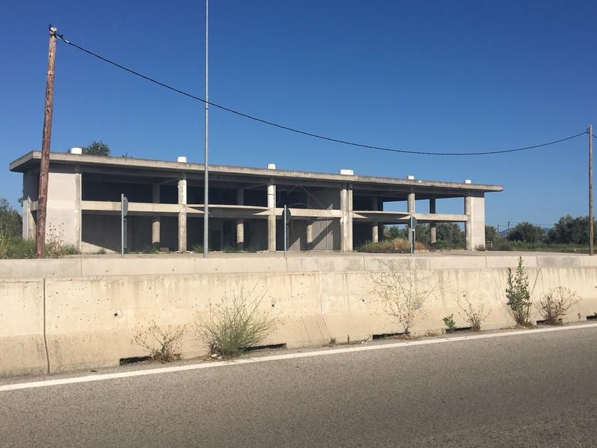 Επιχειρηματικό κτίριο 1.500τ.μ. πρoς ενοικίαση-Αγρίνιο » Στρογγυλαίικα