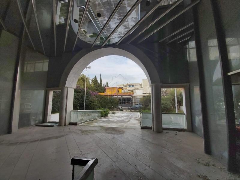 Επιχειρηματικό κτίριο 2.100 τ.μ. πρoς αγορά, Αθήνα - Νότια Προάστια, Βάρη- Βάρκιζα