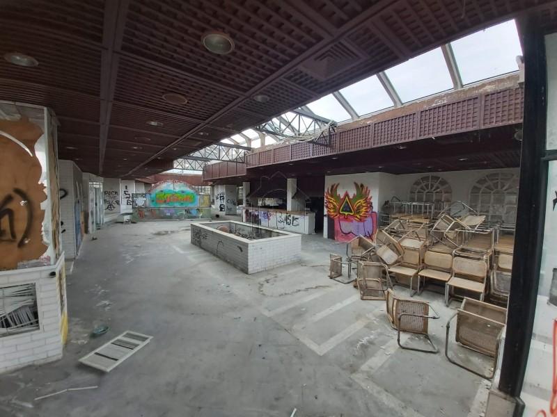 Επιχειρηματικό κτίριο 2.100 τ.μ. πρoς αγορά, Αθήνα - Νότια Προάστια, Βάρη- Βάρκιζα-thumb-5