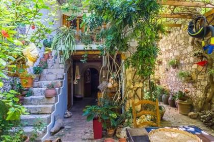 Μονοκατοικία 200τ.μ. πρoς αγορά-Νικηφόρος φωκάς » Πρινές