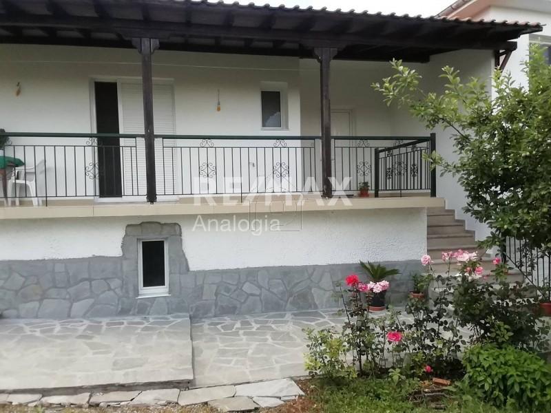 Μονοκατοικία 238τ.μ. πρoς αγορά-Γρεβενά » Δοξαράς