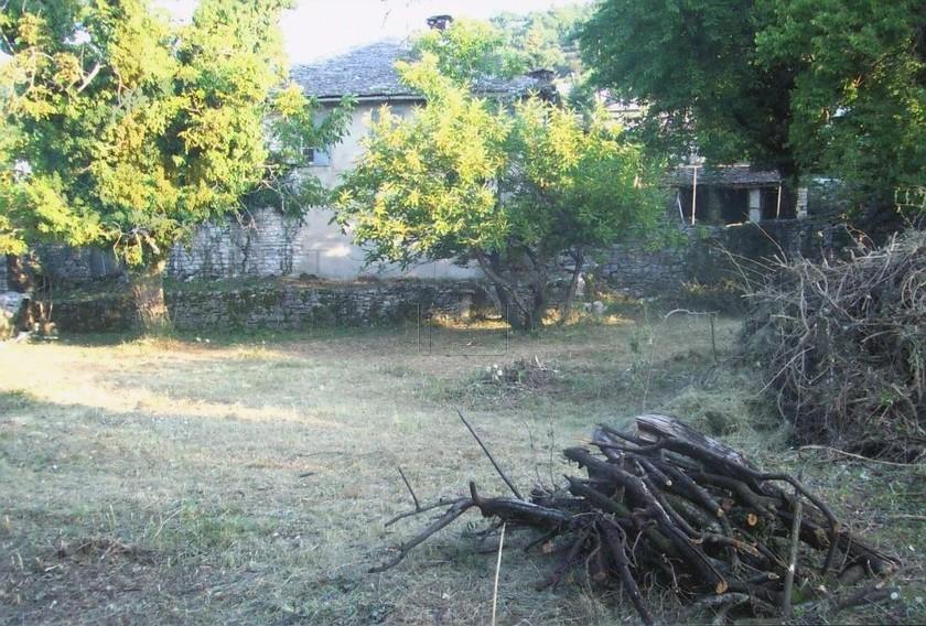 Οικόπεδο 1.350τ.μ. πρoς αγορά-Παμβωτίδα » Κατσικάς